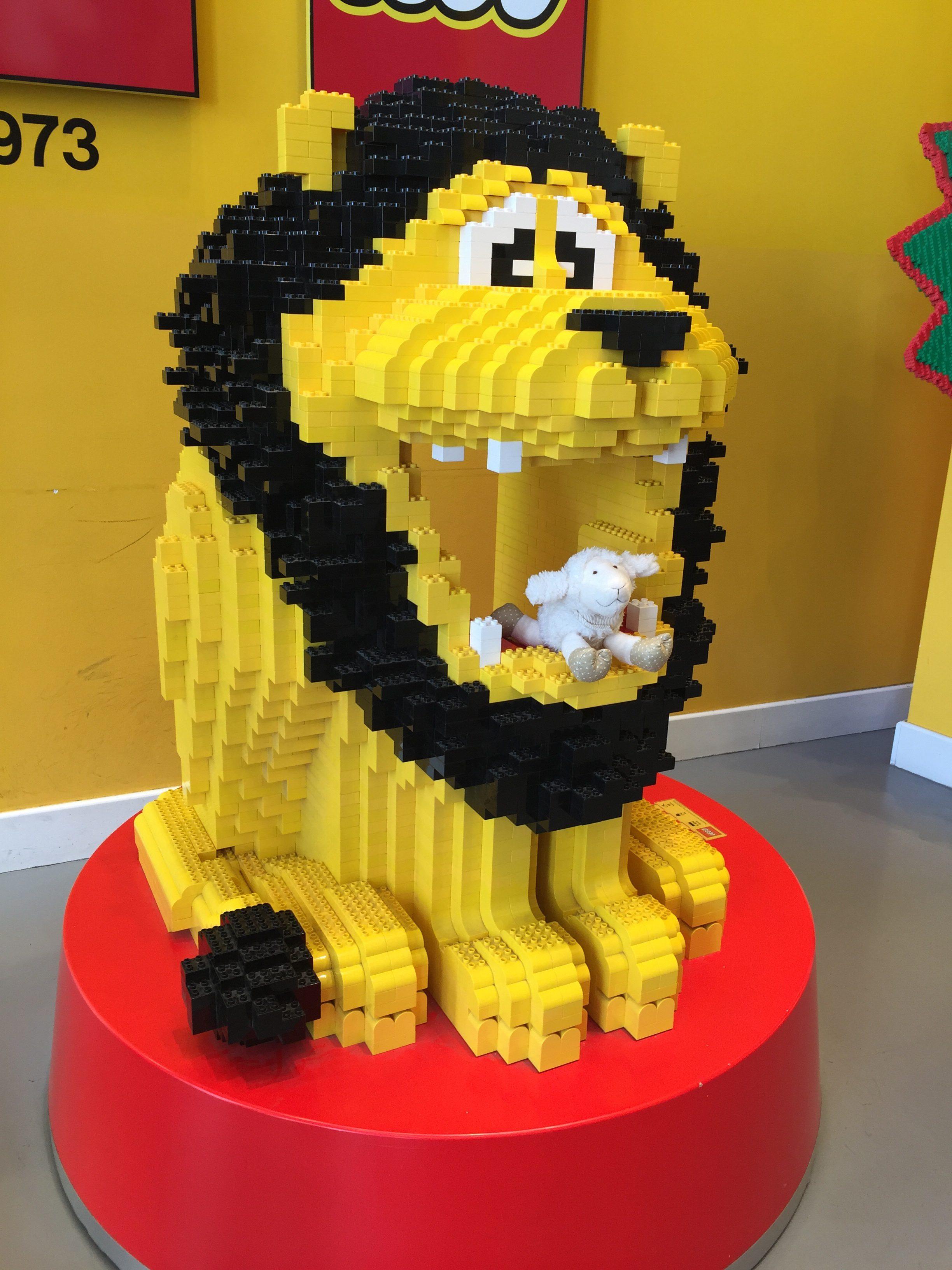 Lego Löwe